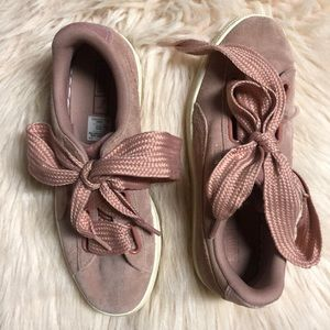 Sued pink PUMA shoes